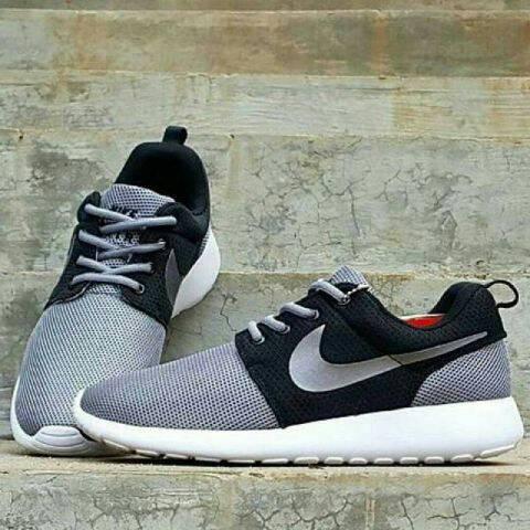 harga Nike roshe run (men) Tokopedia.com