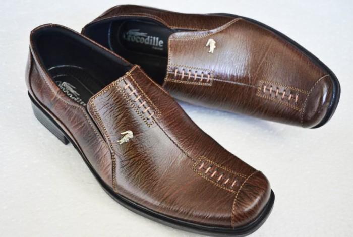 Sepatu Pantofel Pria Kulit Asli Crocodile Murah Berkualitas Coklat A8 e7cb25fea8