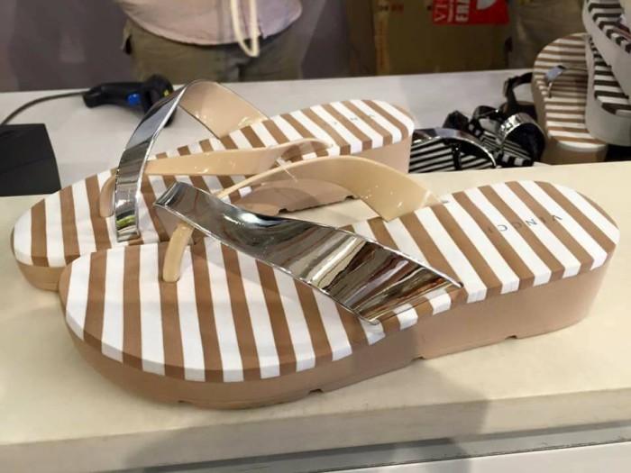 Jual sandal vincci terbaru Harga MURAH   Beli Dari Toko Online ... 6b7d2b8801