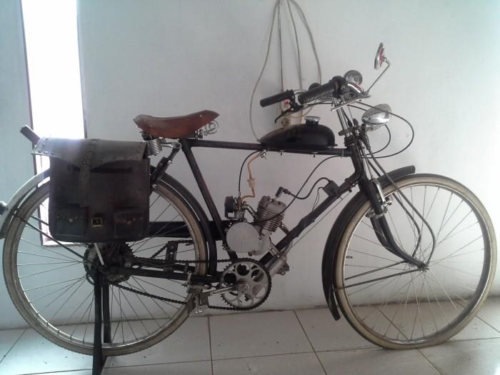 Sepeda Jadul Bermesin