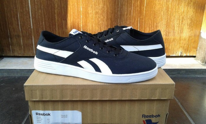 2f60bf640d4 Jual Reebok Royal Global Slam