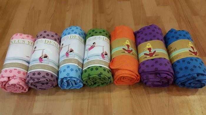 harga Yoga towel standar / handuk yoga Tokopedia.com