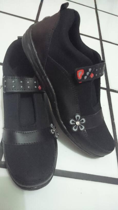harga Sepatu sekolah hitam uk 36-40 Tokopedia.com