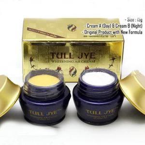 ... DAY & NIGHT MERAH ORIGINAL Source Jual TULL JYE Whitening AB Cream MERAH ORIGINAL HarmoniQueen Tokopedia