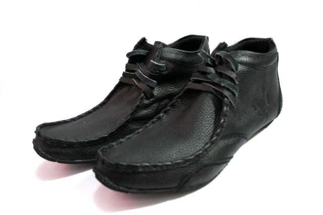 harga Sepatu pria blackmaster high ferrari tali hitam Tokopedia.com
