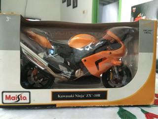 Foto Produk Maisto Motor Diecast Kawasaki Ninja ZX-10R dari Dompu Shop