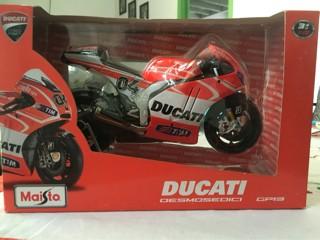 Foto Produk Maisto 1/10 Diecast Motorcycles Ducati Desmosedici Andrea Davizio dari Dompu Shop