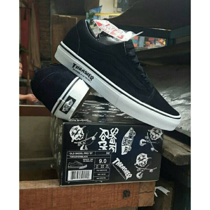Jual Vans Old Skool X Thrasher - Surabaya Shoes Store  7f0a3443d