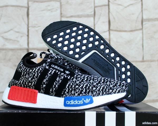 Jual sepatU running Adidas NMD Runner Hitam (terbaru f49f54e636