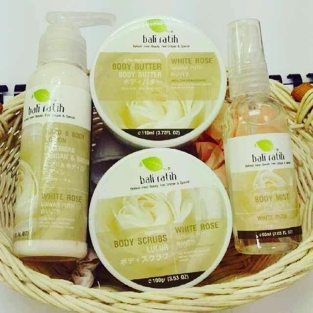 Paket White Rose Bali Ratih (Body Scrub, Lotion, Butter, dan Mist)