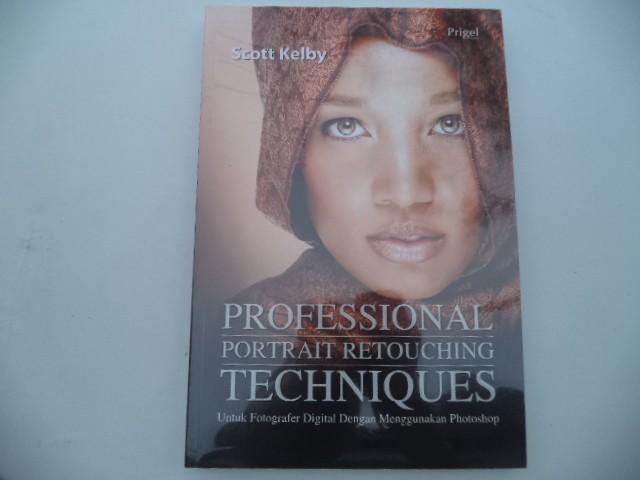 harga Professional potrait retouching techniques   scott kelby Tokopedia.com