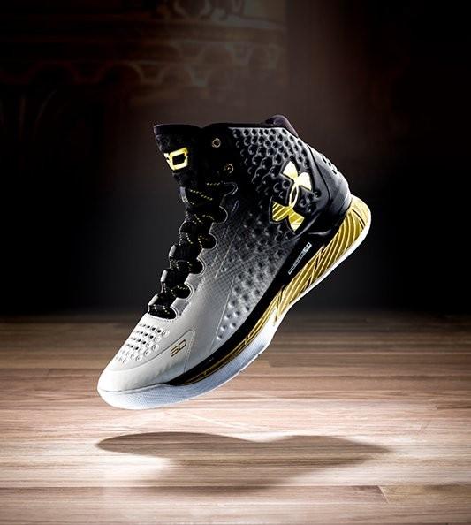 Under Armour Sepatu Basket Pria Source · Sepatu Basket Under Armour Curry 1  MVP 01fadae709