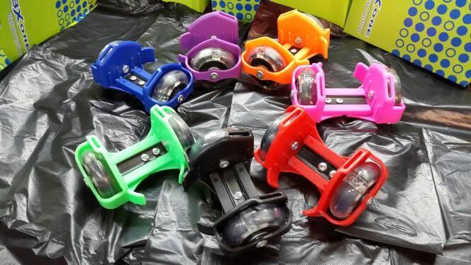 Jual Flashing Roller Light Sepatu Roda Mainan Anak Dewasa