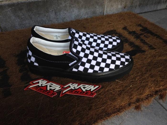 b143d894e7 Jual VANS SLIP ON CHECKERBOARD BLACK WHITE  sepatu vans sepatu murah ...