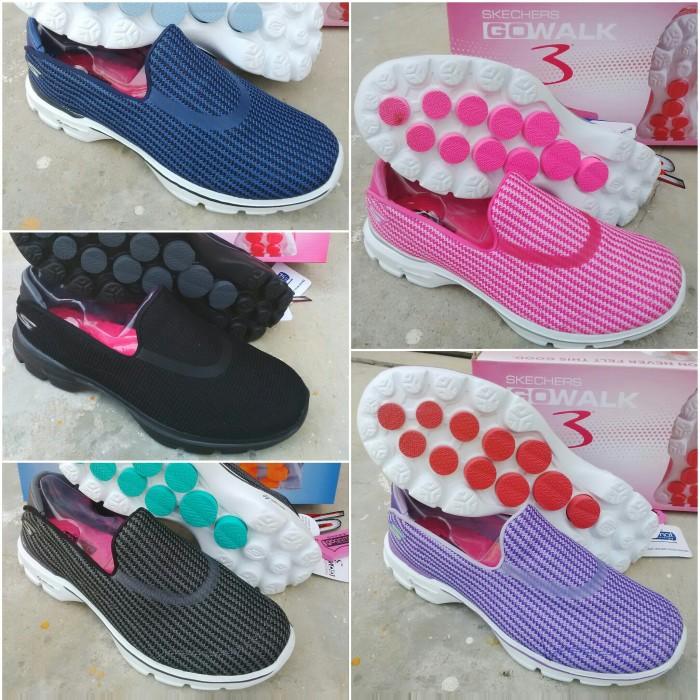 Jual sepatu skechers go walk 3 salur cek harga di PriceArea.com 48b547bf14