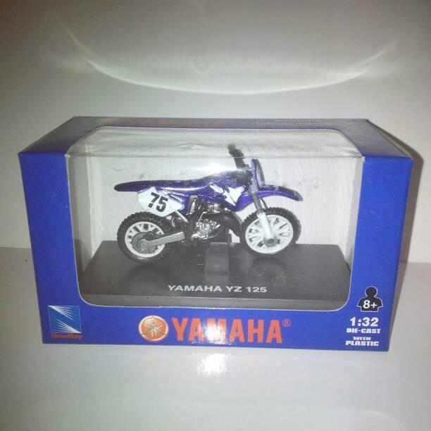 harga Mainan miniatur motorcross trill yamaha yz125 newray 1:32 ekfantoys Tokopedia.com