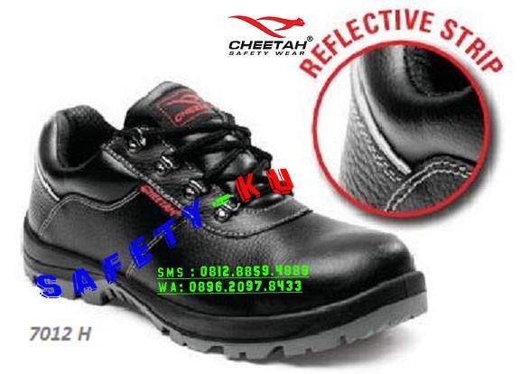 Jual SEPATU SAFETY CHEETAH 7012 - H - SAFETY-KU  51ce68e11c