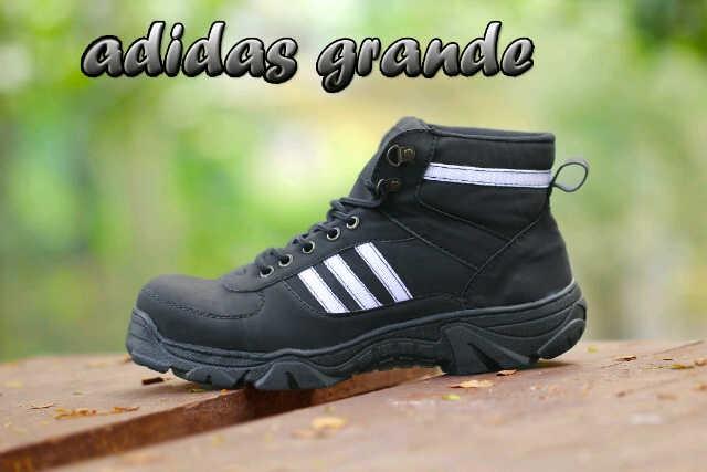 Jual SEPATU ADIDAS BOOTS GRANDE SAFETY PROMO RAMADHAN TERMURAH ... c461645586
