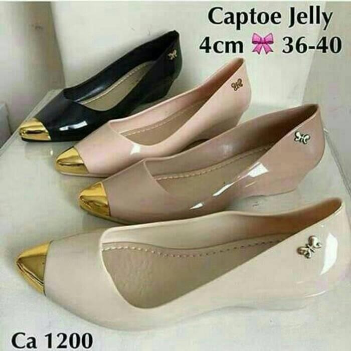 harga Jelly shoes wedges gold / sepatu cantik /sepatu murah Tokopedia.com