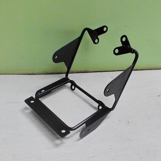 harga Breket lampu depan (headlamp) honda tiger revo - megapro primus Tokopedia.com