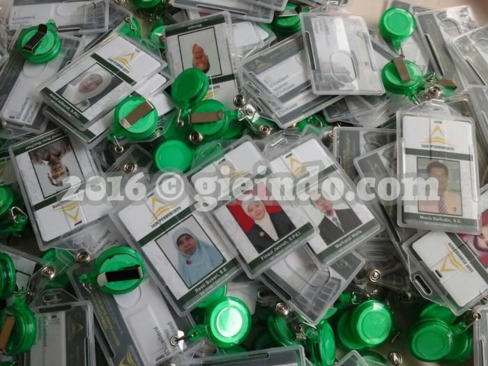 harga Heboh ! flashdisk kartu desain id card 8gb (include card holder + yoyo Tokopedia.com