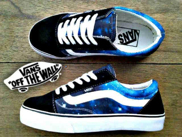 c3d4e2a1bc Jual sepatu vans oldskool galaxy blue woman - Kota Bandung ...