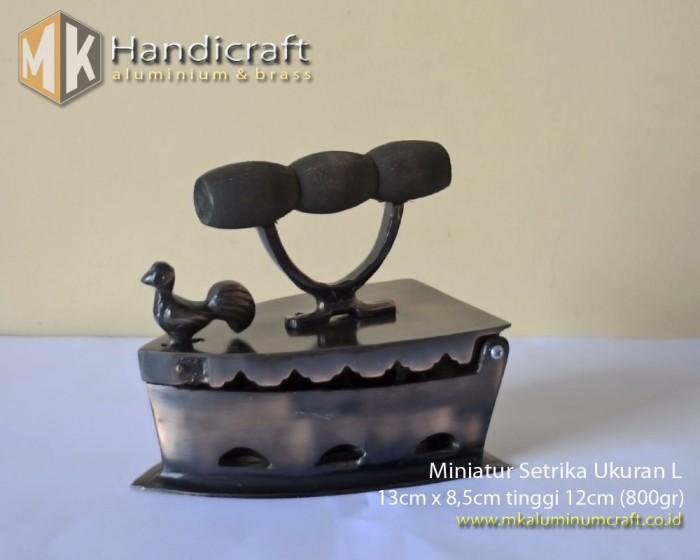 harga Miniatur setrika - replika seterika kuningan finishing antik ukuran l Tokopedia.com