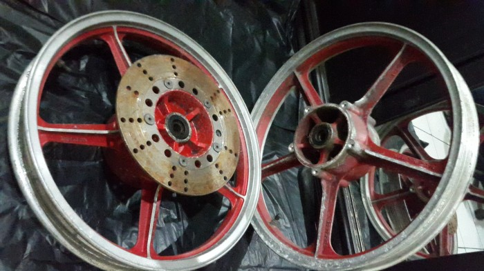 harga Kawasaki ar/gpz velg retro motor jepang cafe racer brat style japstyle Tokopedia.com
