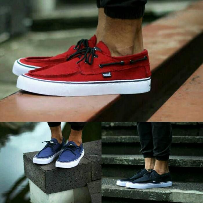 harga Sepatu zapato pria brave casual | competitor vans zapatoskate Tokopedia.com
