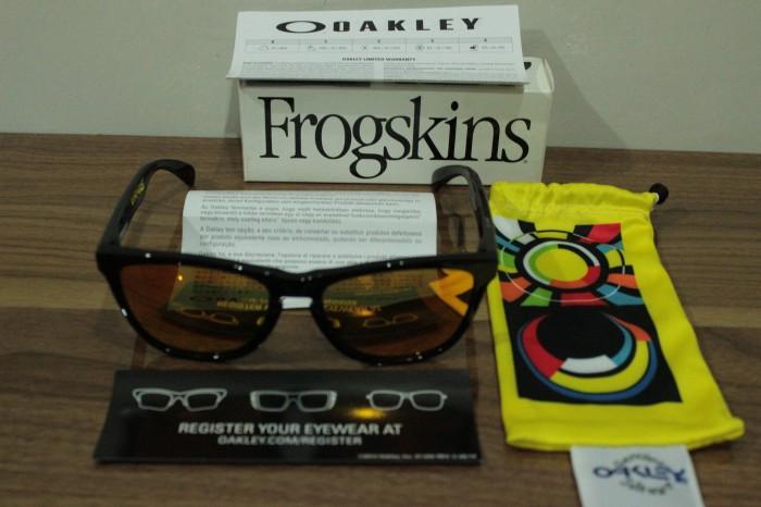 Jual Kacamata Oakley Frogskins VR46 ORIGINAL AUTHENTIC Valentino ... beabf1c15b