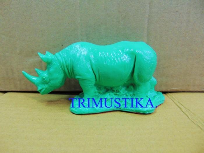 Patung badak hijau fengshui fiber