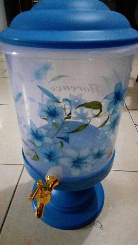 harga Dispenser air plastik/galon air plastik motif bunga + kran Tokopedia.com