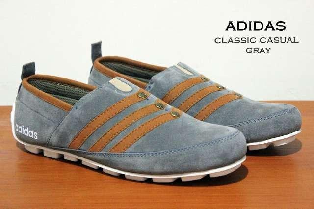 Jual Sepatu Casual Pria Merk Adidas Slip On Classic Loafers Termurah ... c854ccadf7