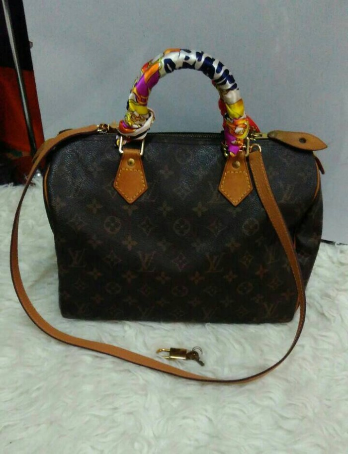 Jual LV SPEEDY 30 with leather strap & twilly - BAGYBOXY ...