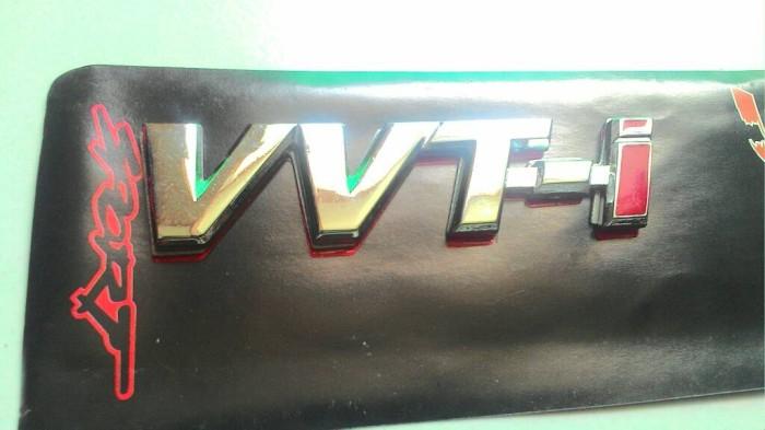 Foto Produk Emblem VVTI VVT-I VVT.i Chrome Bahan Besi dari Caraka Shop