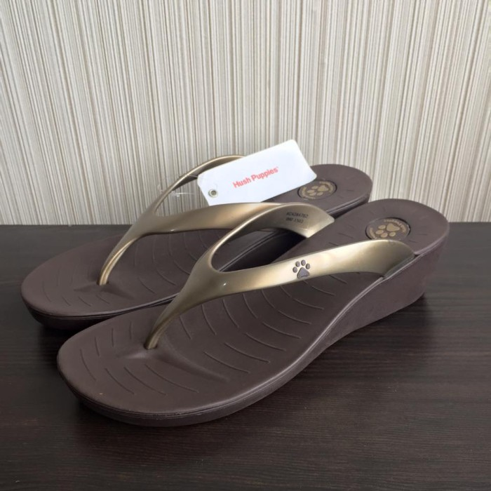 Jual Sandal Wanita Original Hush Puppies Qorry Bronze - HECC Shop ... af8f05b848