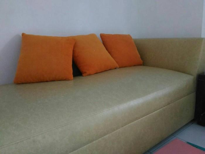 Preloved Sofa