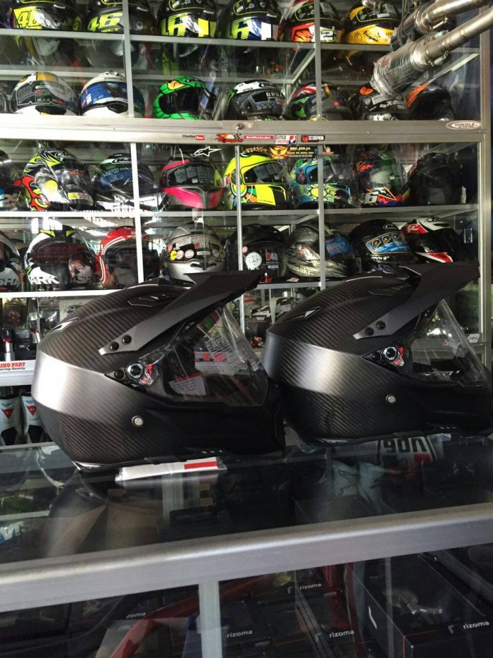 helm agv ax dual carbon 1