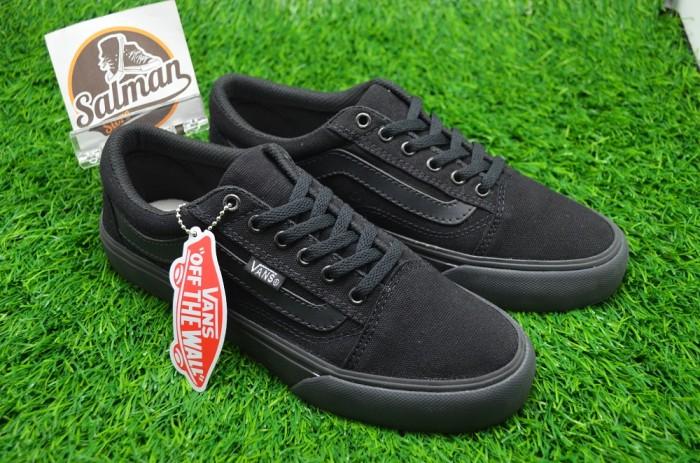 8165098b31 Jual Sepatu Vans Old Skool Full Black - Kota Administrasi Jakarta ...