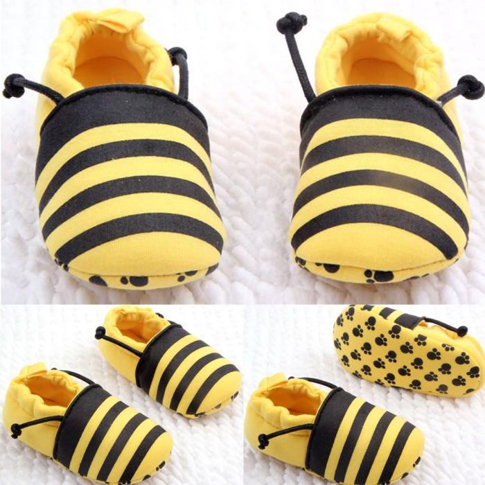 harga Sepatu prewalker untuk bayi laki & perempuan motif lebah Tokopedia.com