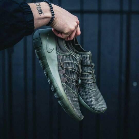 Jual Nike Payaa Lab