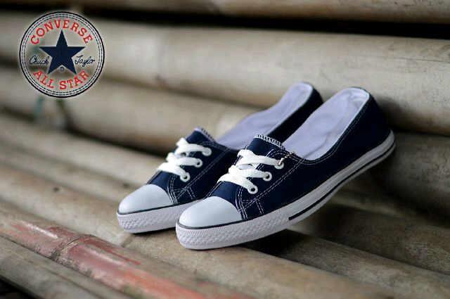 8b207dd295ab Jual CONVERSE 3HOLE WOMEN NAVY MADE IN INDONESIA 100% BARU - Jka ...