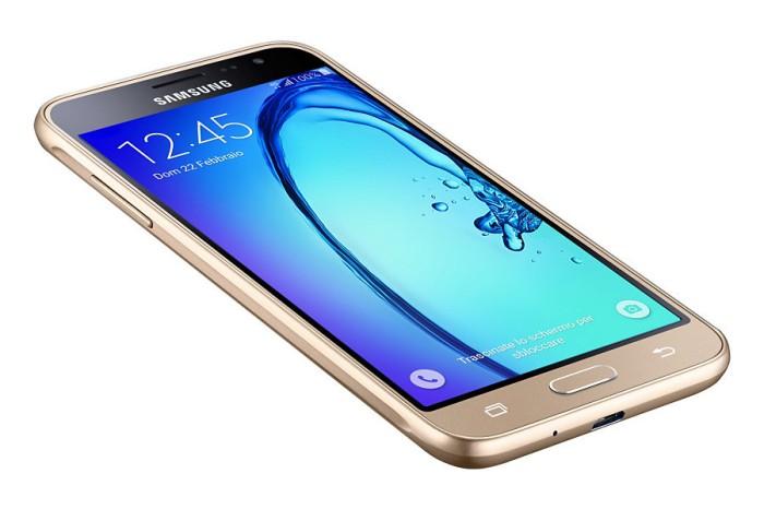Samsung Galaxy J3 2016 J320 1/8GB 4G LTE - GRS RESMI SEIN - Hitam