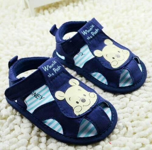 Sepatu prewalker bayi import winnie the pooh sandal biru ... 48403e39ab