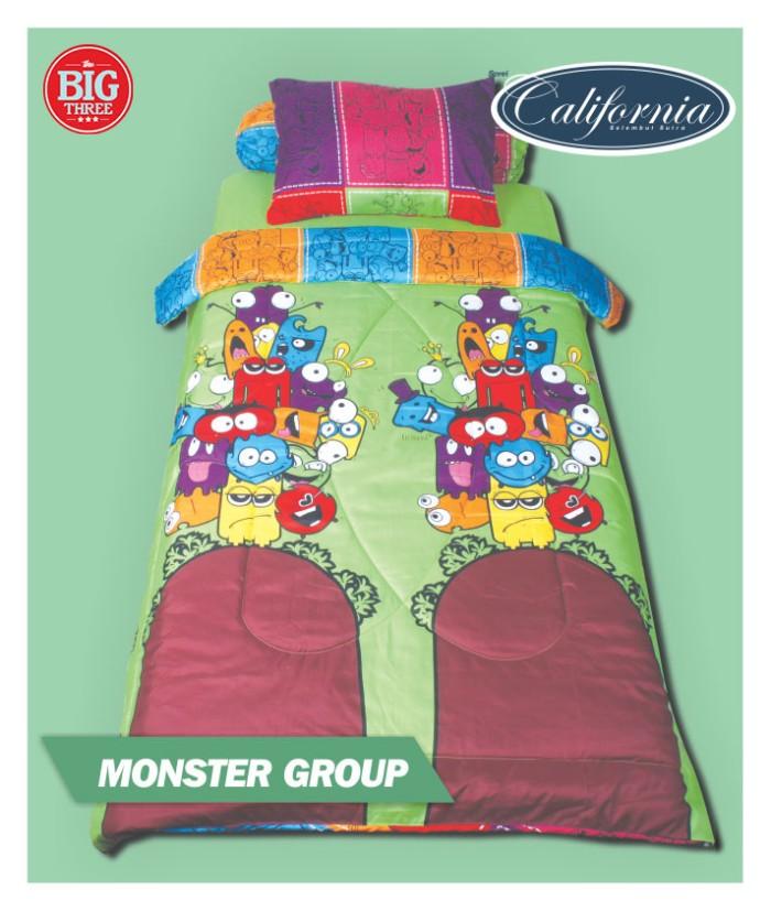 harga Set bedcover california 120x200 monster group 120 single (my love) Tokopedia.com