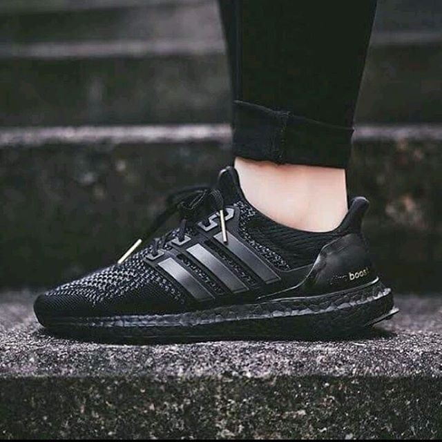 e9a1e6a40 ... shop adidas ultra boost premium original sepatu full black sepatu cowok  89cea b7747