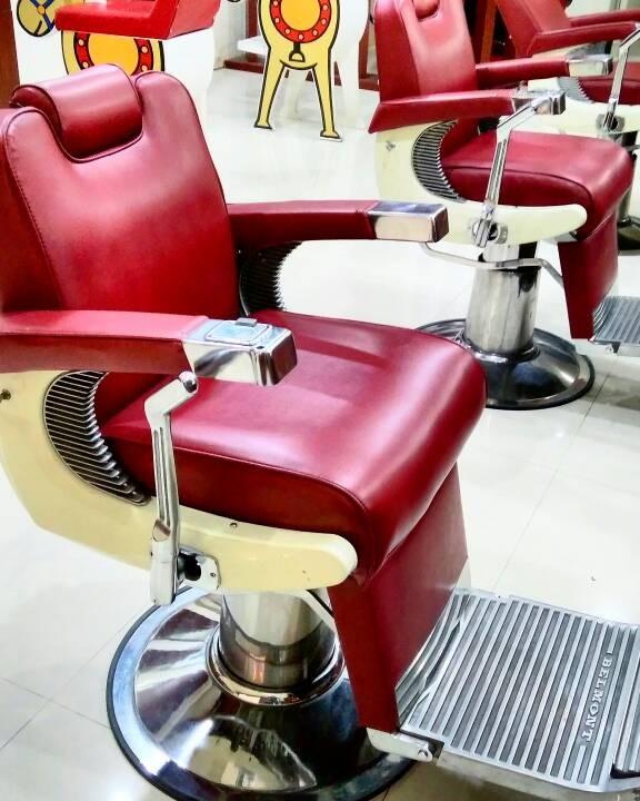 Jual Kursi Pangkas Barbershop Belmont kondisi 90% - Kursi Barber ... 142f02e447