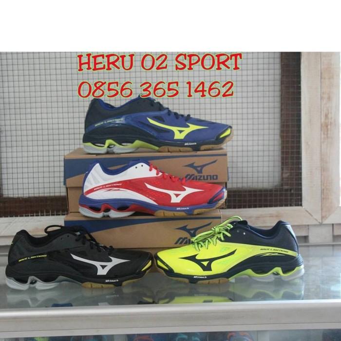Jual promo sepatu mizuno wave lightning z wl z2 original merah putih ... 3d71823f32