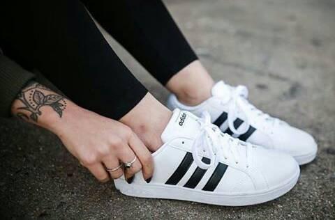 harga Adidas Neo Baseline Original Bnwb Sepatu Wanita Casual White  Tokopedia.com 81d20e7b82