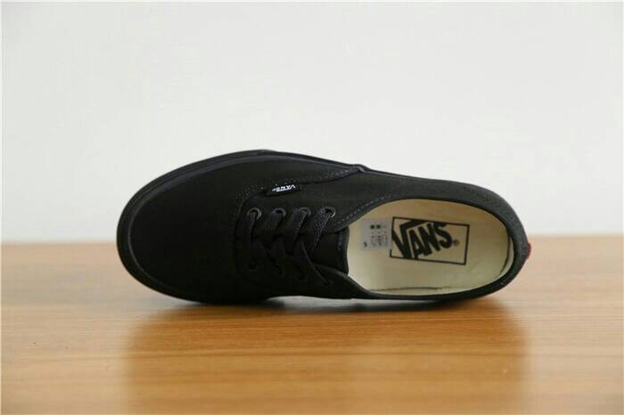 c170ca64738 Jual vans authentic full black (ORIGINAL) - Kota Denpasar - My 2nd ...